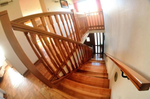 Barandillas de madera para exterior perfect barandillas - Barandillas de madera para interior ...
