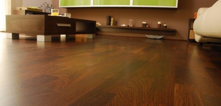 Pisos de madera brendo colocaciones terminaciones y for Tipos pisos para interiores casas